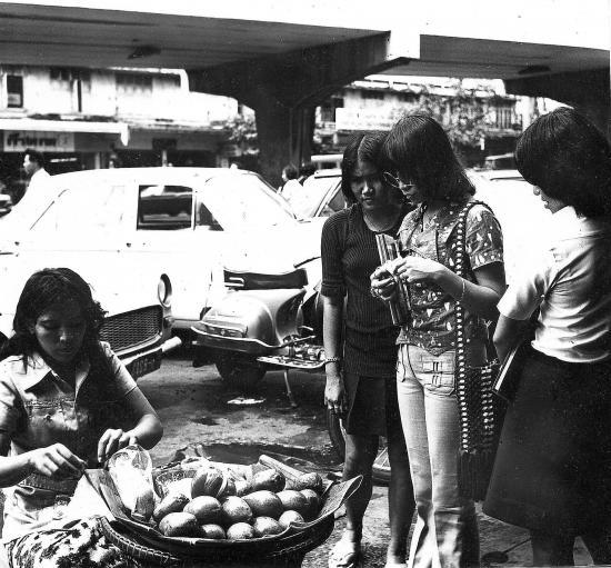 4 73la marchande de mangues