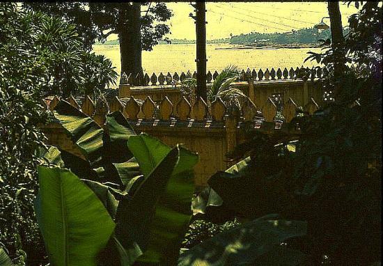9 71 vientiane le mekong